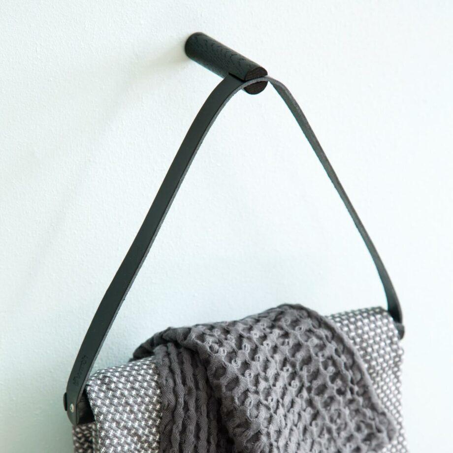 Handdoekenring by Wirth towel hanger zwart byJensen