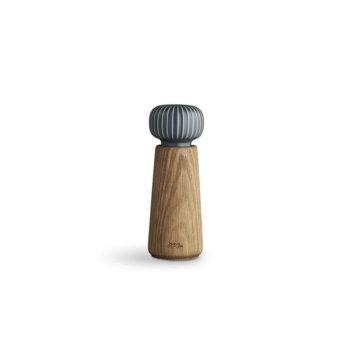 Zoutmolen of pepermolen van eikenhout en antracietgrijze keramiek