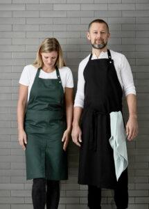 Verstelbare schort van zwart biologisch katoen van the Organic Company