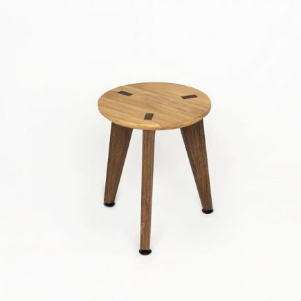 Design Krukje Rank Stool van Roon & Rahn in eikenhout
