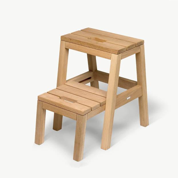 Dania houten trapje krukje van eikenhout skagerak byjensen