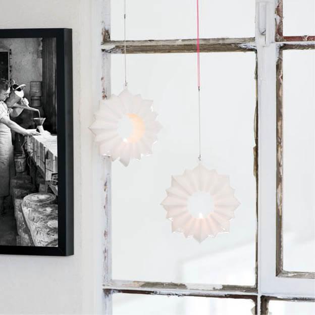 Stella raam ornament waxinelichthouder hanger wit van Kähler byJensen