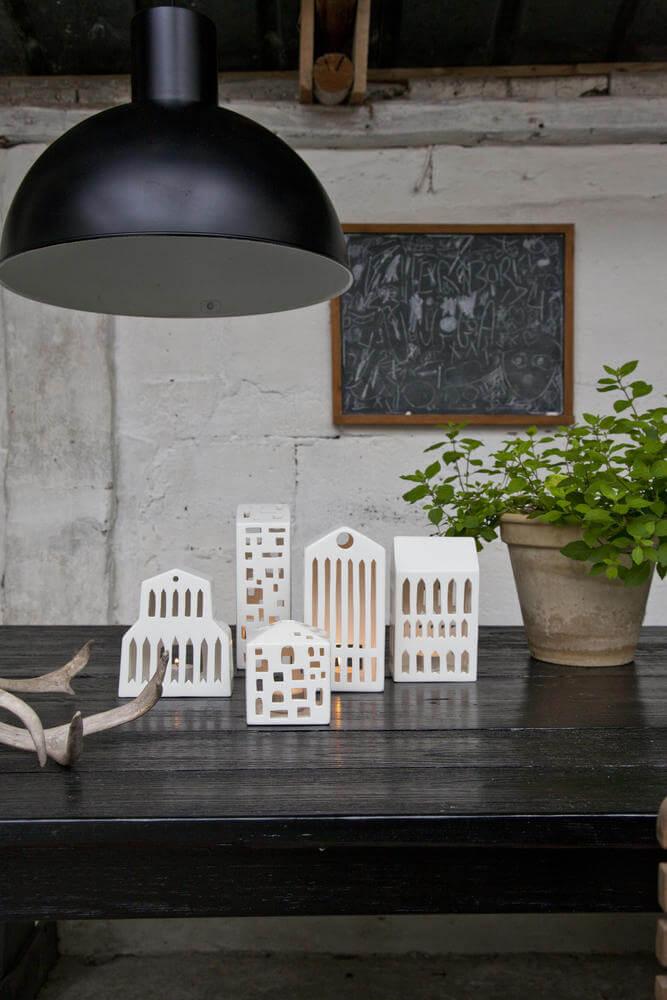 Witte Urbania huisjes van keramiek waxinelichthouders kandelaars van kähler