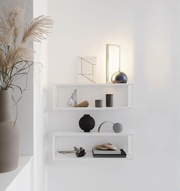 Stalen wandkasten wit metaal van Kristina Dam Studio byJensen