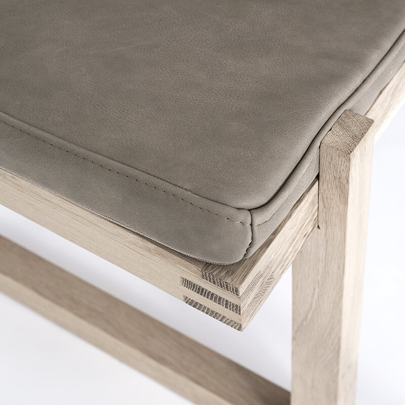 Close Up minimal bench daybed van Kristina Dam Studio