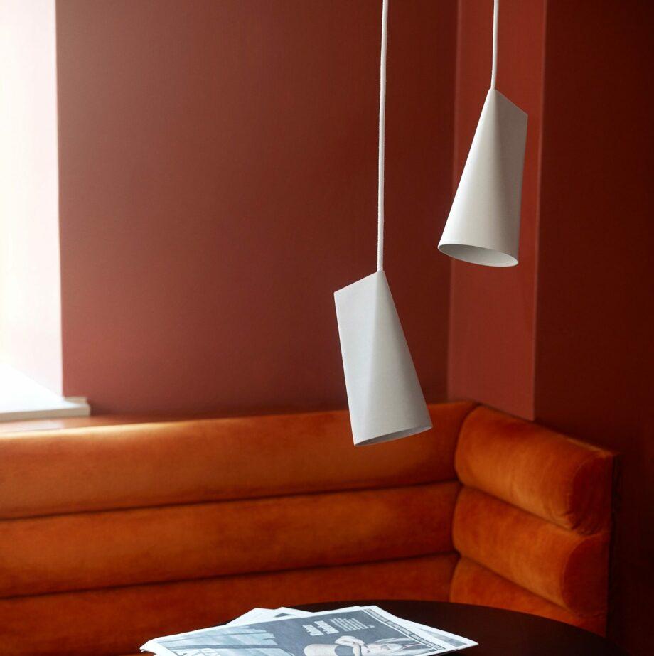 Moebe-ceramic-pendant-keramiek-hanglampen-narrow-wit