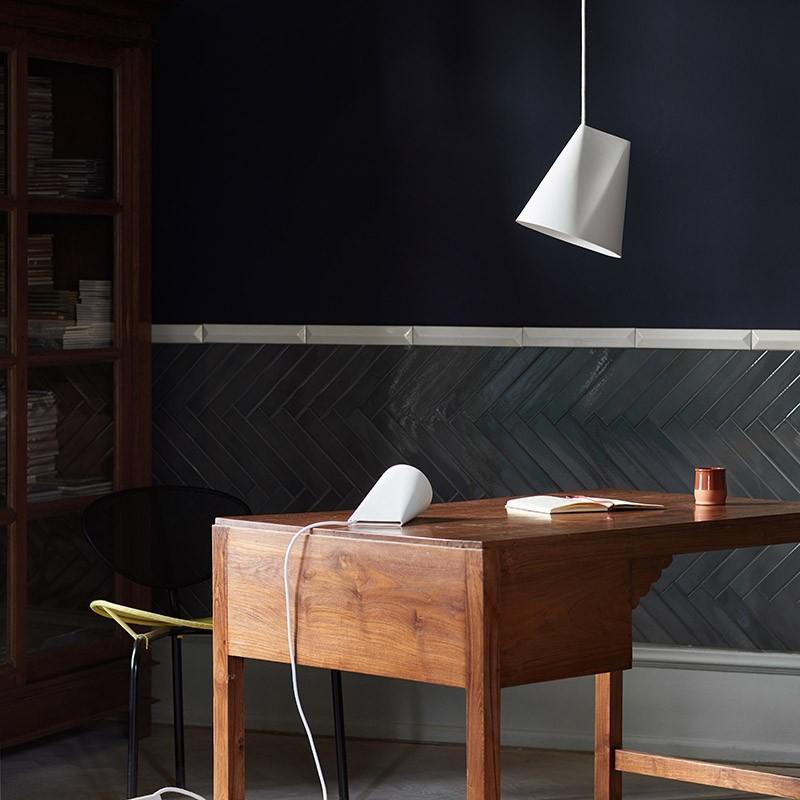 moebe-Ceramic-Pendant-wide-keramiek-hanglamp-kantoor