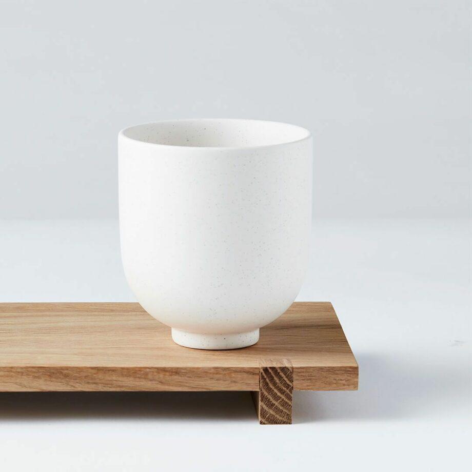 Kristina dam Studio Setomono koffiemok Japanse serveerplank Wood Board eikenhout