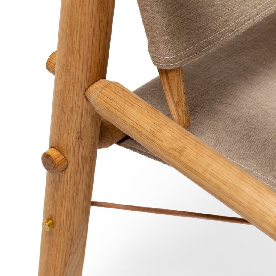 Close up We Do Wood Nomad Chair fauteuil