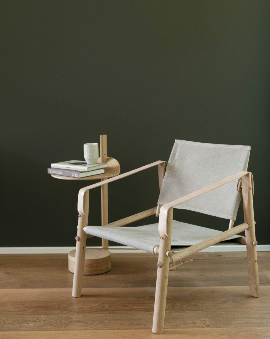 Close up We Do Wood Nomad Chair design fauteuil eikenhout en canvas