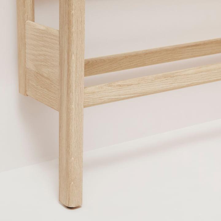 Form refine shoe rack schoenenrek voor wit geolied eikenhout detail