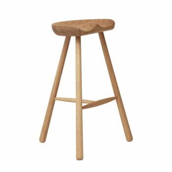 Form refine shoemaker chair 68 gerookt wit geolied eikenhout