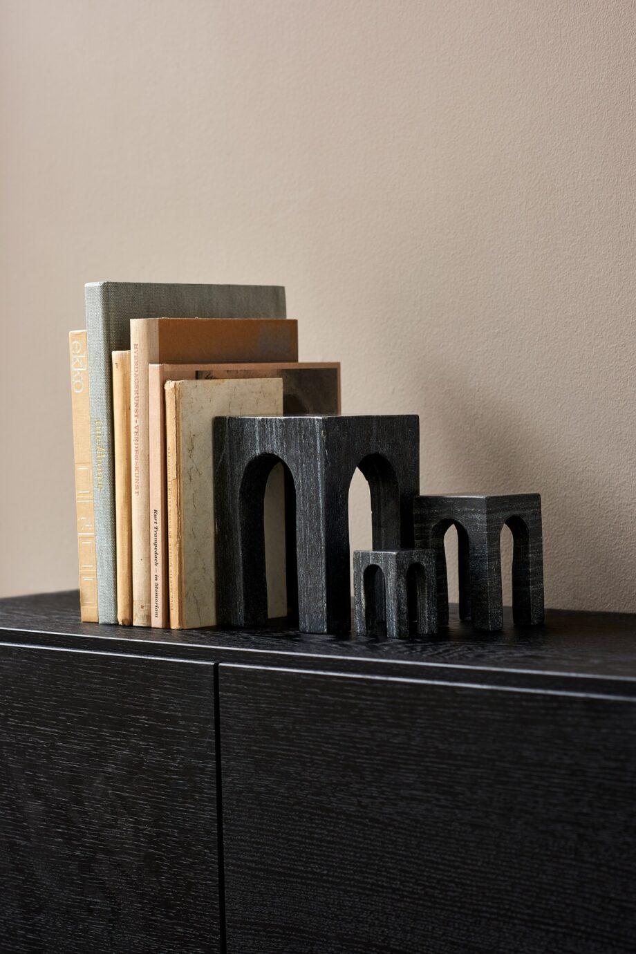 Arkis bookend zwart boekensteun marmer Gejst Design