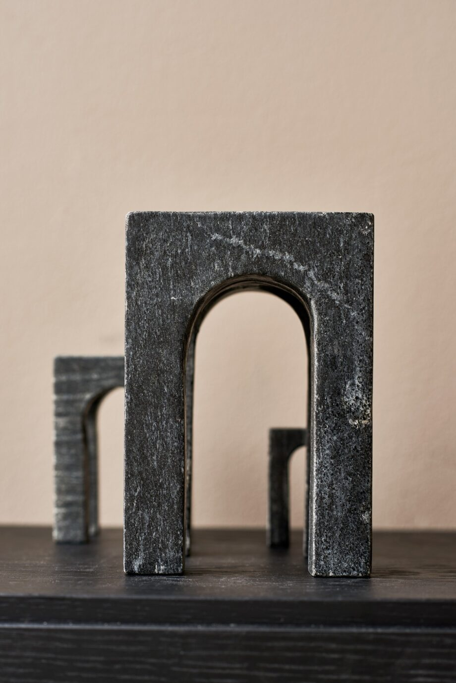 Gejst Design Arkis bookend boekensteun marmer zwart