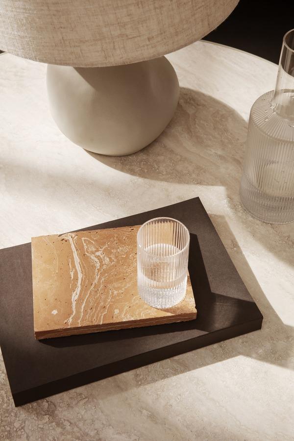 Ferm Living Ripple drinkglas en merge onderzetter