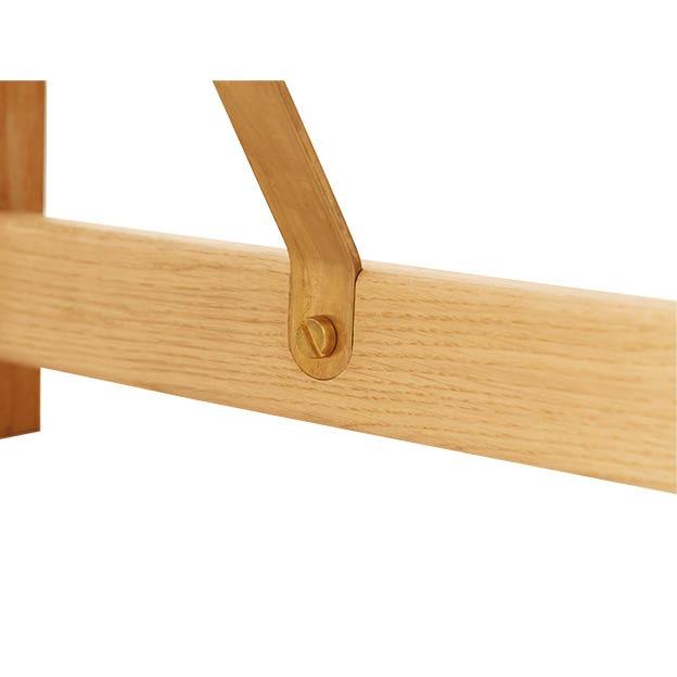 Detail Position Bench van Form en refine