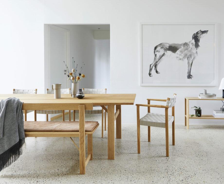 Form & refine motif stoel en Position bank om eetkamertafel eikenhout